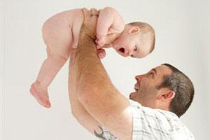 Тато і новонароджений