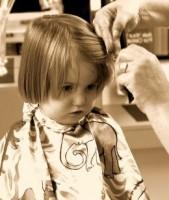 Перший раз до перукаря
