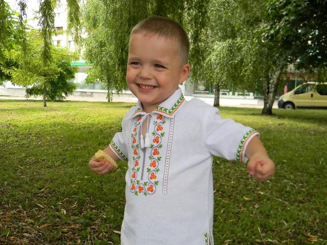 вишиті дитячі сорочки