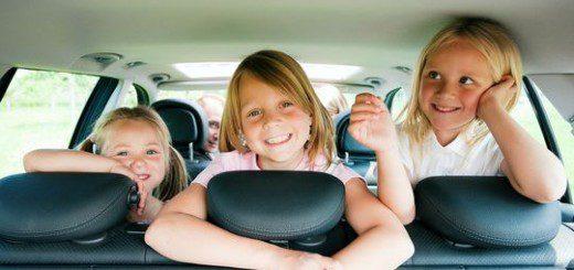 Чим розважити дитину влітку. Корисні поради батькам