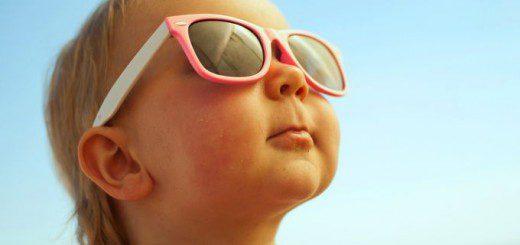 Сонцезахисні окуляри для дитини. Навіщо купувати і як вибрати