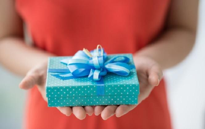 Що подарувати чоловікові, хлопцеві або начальнику?
