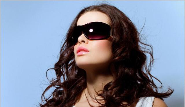 Як правильно вибрати і носити окуляри від сонця  7d42f360ac893