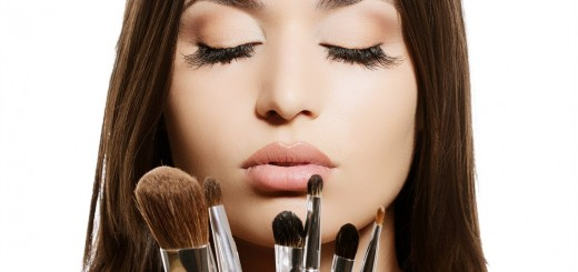 Обов'язкові пристосування для ідеального макіяжу