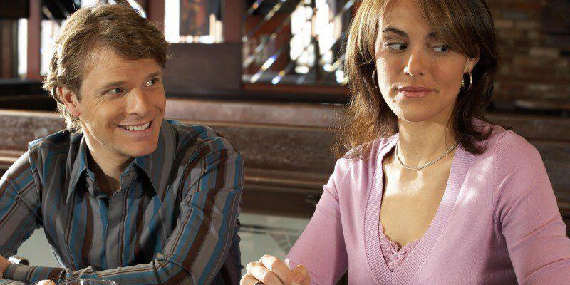 Як втекти з жахливого побачення