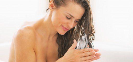 Топ-5 помилок в догляді за волоссям, які допускає кожна
