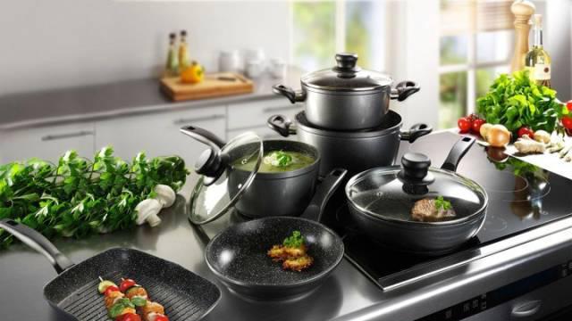 Який посуд необхідно мати на кухні
