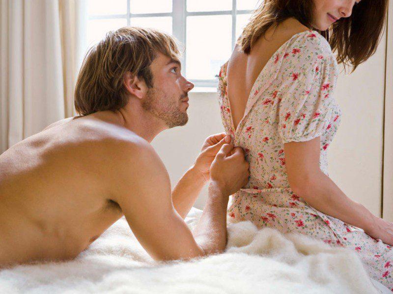 Секс після пологів, коли можна? Як уникнути проблем?