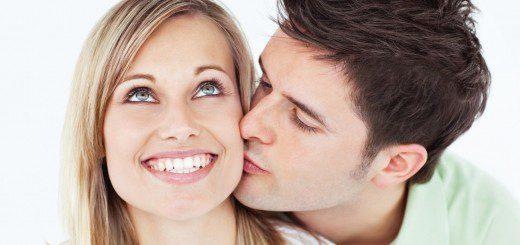 Якості, за які сильні чоловіки обожнюють жінок