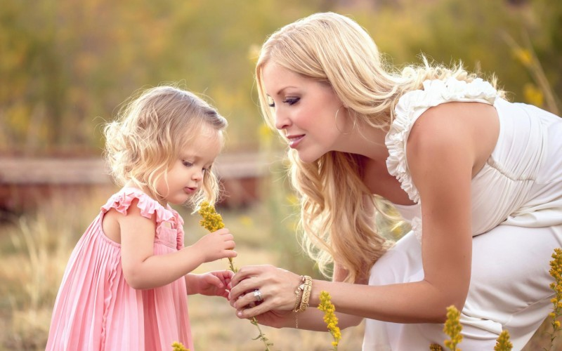 Любити материнство в собі або себе в материнстві?