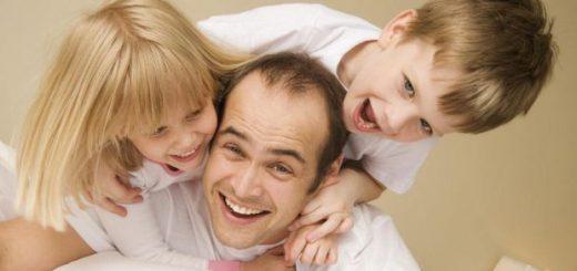 Дитина, мати і «новий тато»