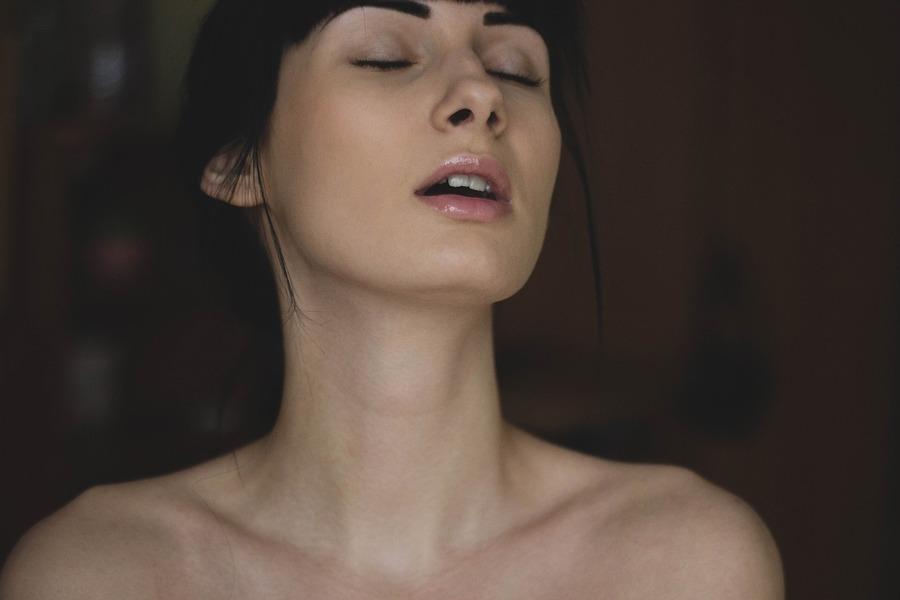 5 корисних секс-гаджетів, які урізноманітнюють вашу подружнє життя